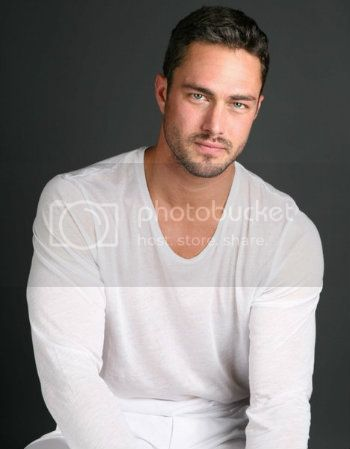 taylor-kinney2
